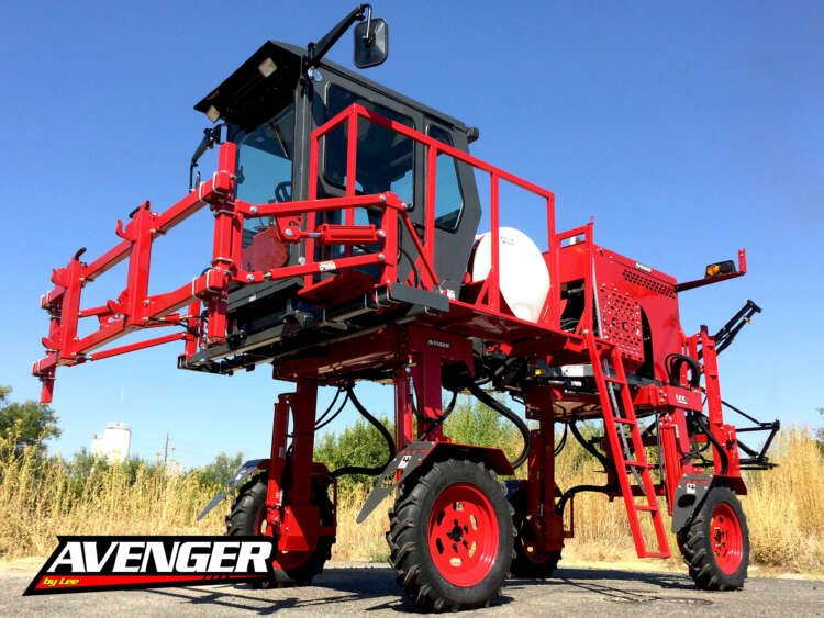 2016 LEE Avenger High Clearance Tractor